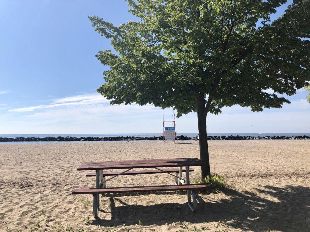 An empty picnic table on Centre Island Beach